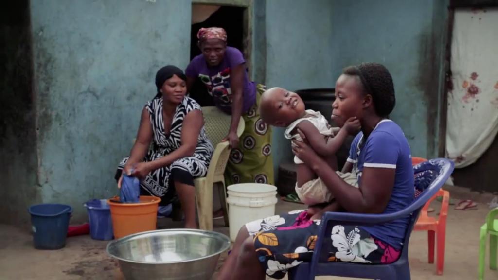 Unilever, image of family in Nigeria.